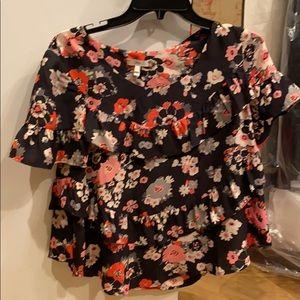 Jodie crop flowered ruffle shirt size small